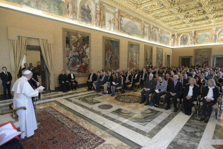 FEBA_Private Audience Pope Francis_18052019[7]