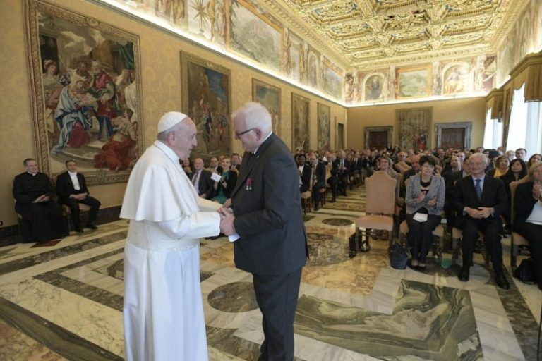 FEBA_Private Audience Pope Francis_18052019[8]